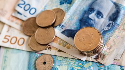 MER Å RUTTE MED. Lavere prisvekst kan gi litt høyere reallønnsvekst i 2015 og 2016, spår SSB. Foto: Erlend Aas /