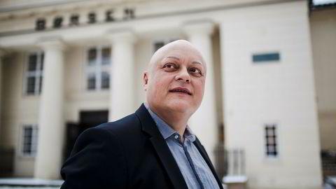 Fagdirektør for finans i Forbrukerrådet, Jorge Jensen, vil ha en grense for hvor mye bankene kan ta i renter og gebyrer. Foto: Nicklas Knudsen