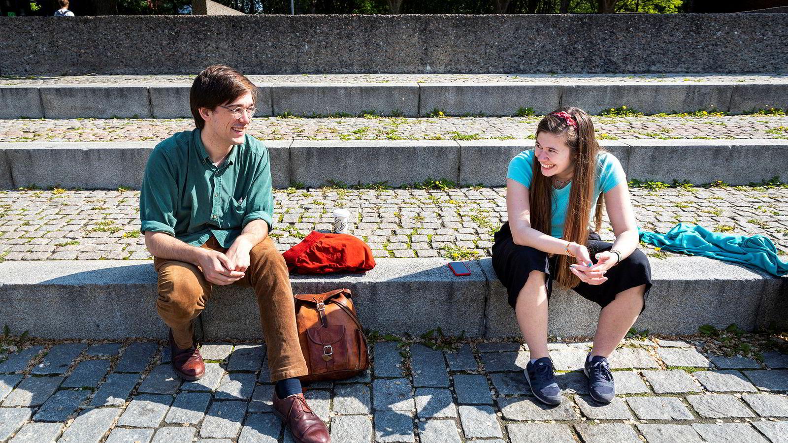 Ivar Haugerud og Ylva Knausgård Hommedal begynner på mastergrad i fysikk ved UiO til høsten. Begge kunne tenke seg å bruke fysikk til noe som har betydning for klima og miljø.