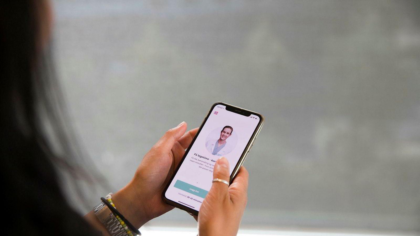 Nye digitale helsetjenester som appen Kry gjør det enklere å spare tid på legebesøket. De svakeste pasientene vil tape på inndelingen mellom et privat og offentlig helsevesen, skriver innleggsforfatterne.