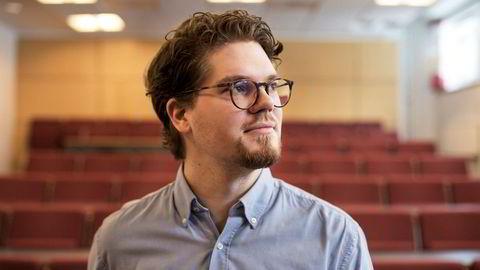 Adrian Dahl Askelund mener det er viktig å forske mer på hvordan å forebygge depresjoner, fremfor å undersøke hvorfor flere sliter med den psykiske lidelsen.