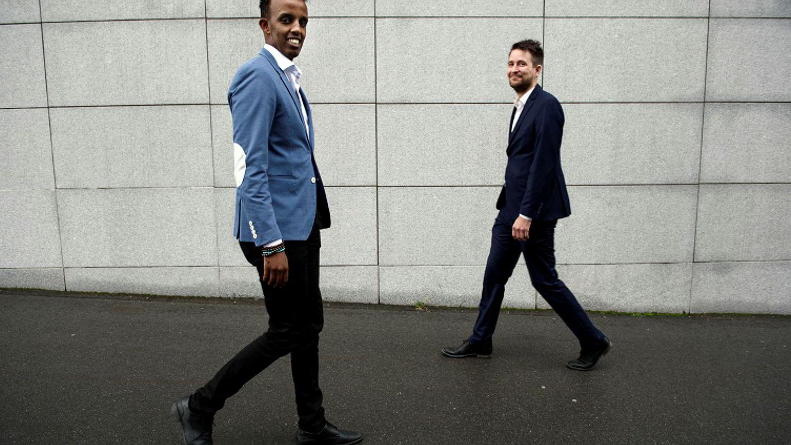 Shafi Adan (til høyre) og Trygve Grimnes, gründere i Zoopit. Leveringstid blir avgjørende for butikker fremover, tror de.
