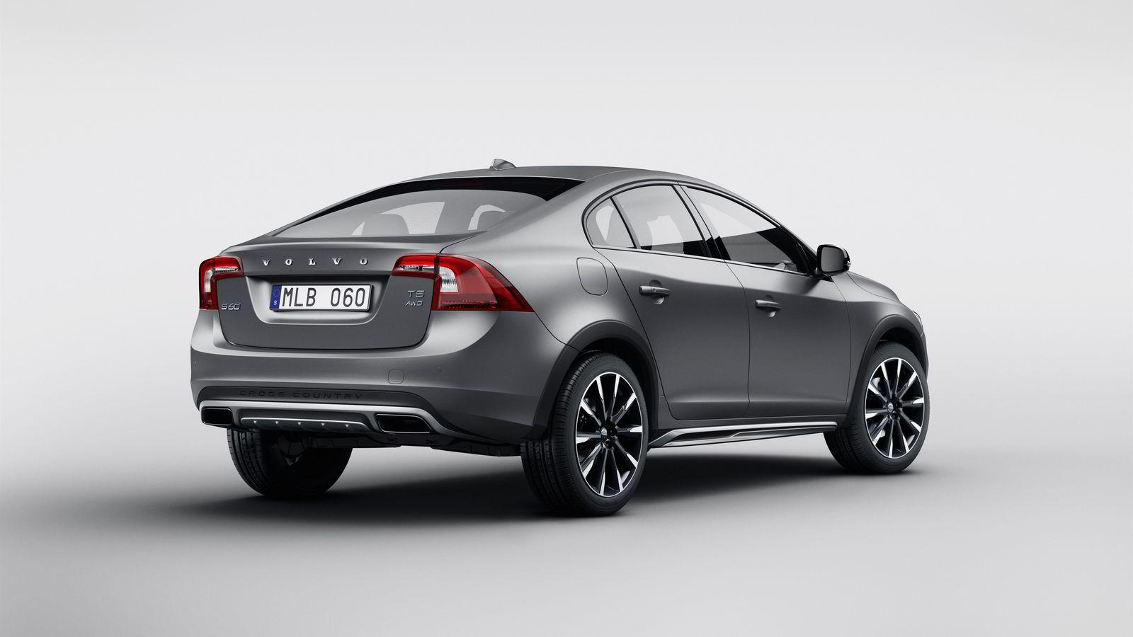 Volvo skaper en ny nisje innen bilene med en Cross Country-versjon av S60. Alle foto: