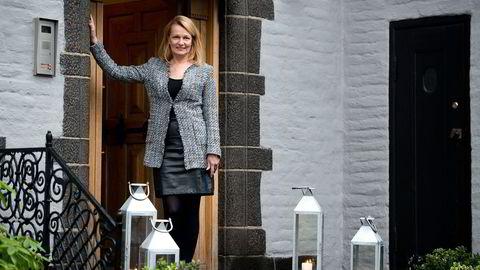 Finland lider under svakheter i EU og strid med Russland. Lenita Toivakka var denne uken i Oslo for å fremme samarbeid med kjøpesterke norske bedrifter. Her ved den finske ambassadens residens. Foto: Per Ståle Bugjerde
