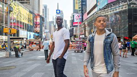 Nico & Vinz-duoen Vincent Dery og Nicolay Sereba på Times Square i New York etter en opptreden på Good Morning America.