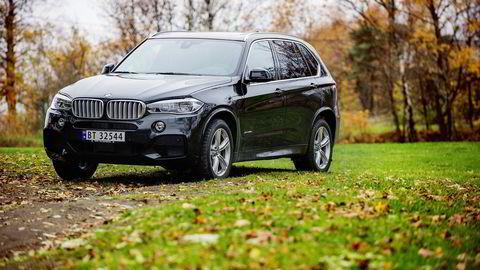 Den ladbare hybridvarianten av BMW X5 får 44.210 kroner mer i avgifter fra 1. juli.