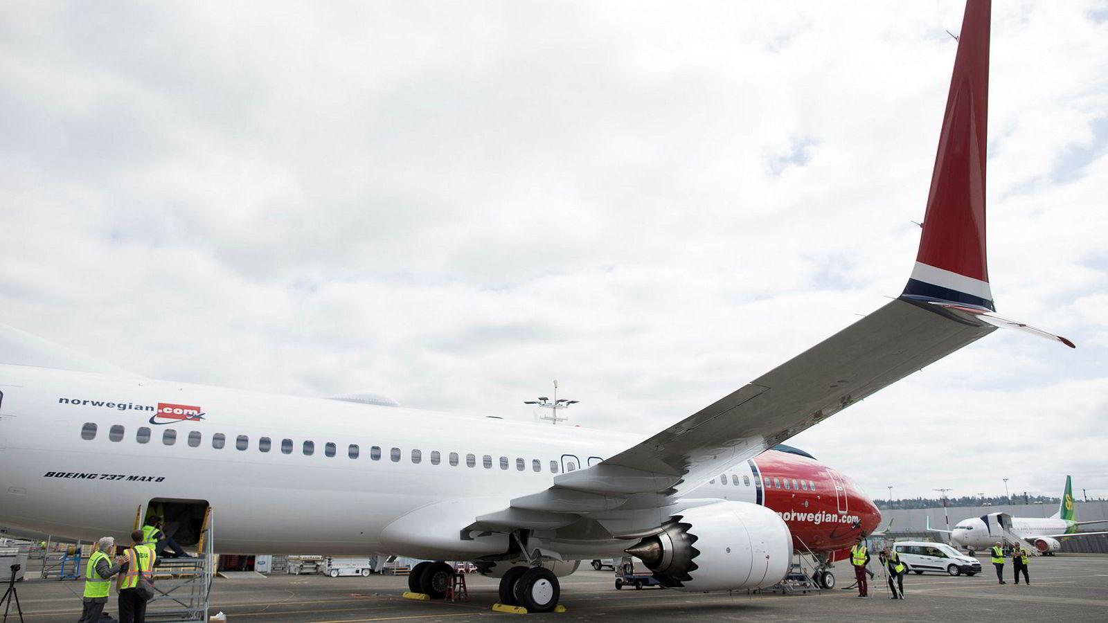 Boeings flymodell 737 Max har lenge stått på bakken, nå kutter Norwegian sine transatlantiske flyvninger med flymodellen.