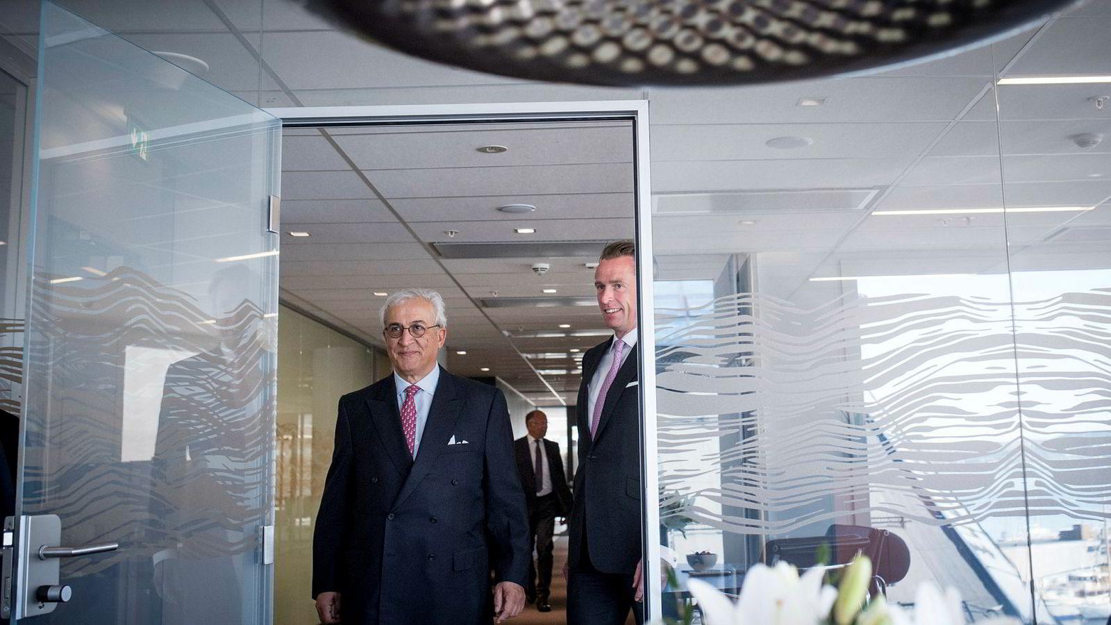 Styreformann og storeier i DNO Bijan Mossavar-Rahmani, her sammen med DNO-sjef Bjørn Dale, har lykkes i oljemaktkamper før.