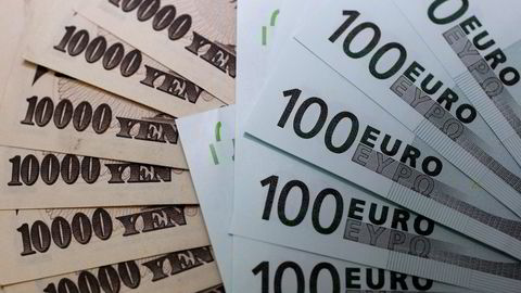 Den japanske valutaen svekkes markert fredag. Foto: Yuriko Nakao/REUTERS/NTB SCANPIX