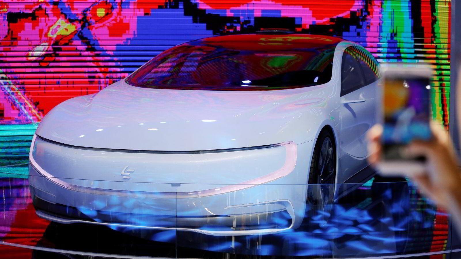 Konseptmodellen LeSee ble presentert på en bilutstilling i Beijing i April. Nå starter en storstilt satsing på bilen. Foto: Damir Sagolj/Reuters/NTB scanpix