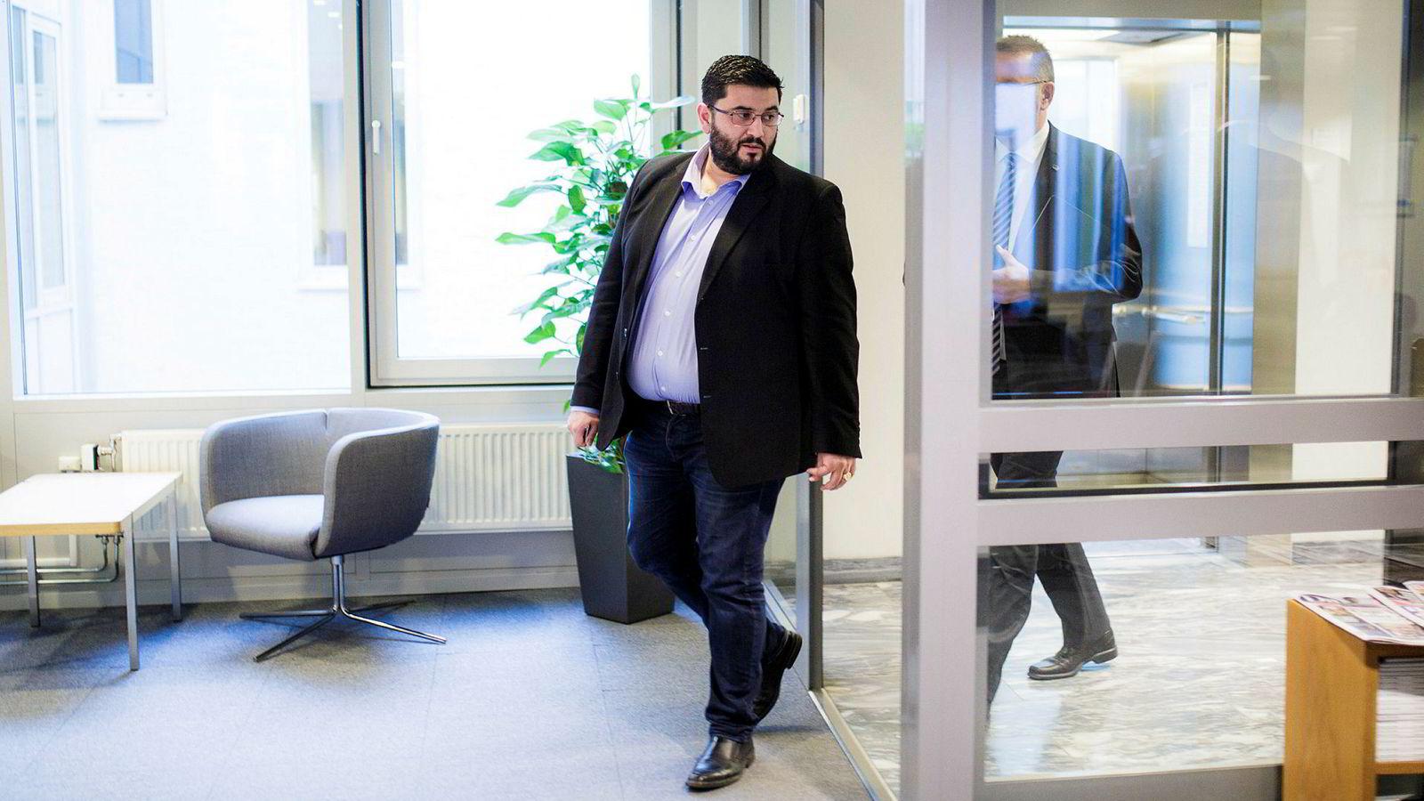 Politiet har avsluttet etterforskningen av bedragerisaken mot Frp-politiker Mazyar Keshvari.
