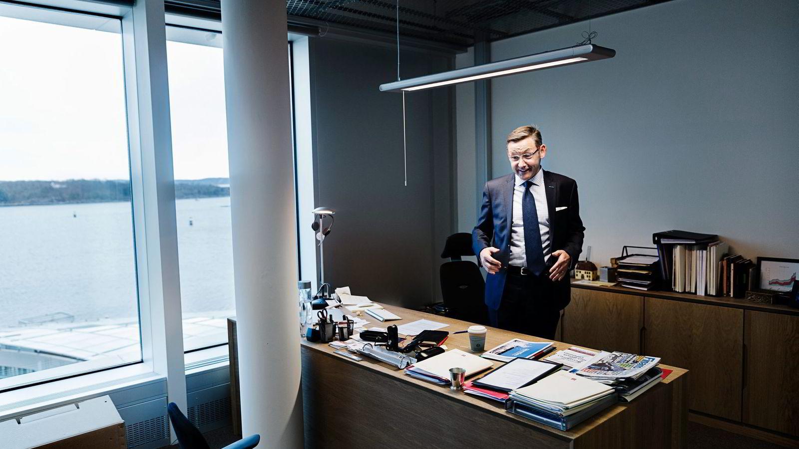 SJOKK. Styreleder Erik Langaker fotelller at de 50 ansatte meteorologene fikk sjokk da de skjønte hvor rike de plutselig er blitt. Han har selv verdier for 50-60 mill.