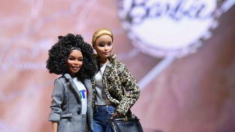 I år markerer et jubileum for den elskede og utskjelte barbie-dukken. Barbie fyller nemlig 60 år i 2019, mens hennes mannlige motpart Ken fyller 58.