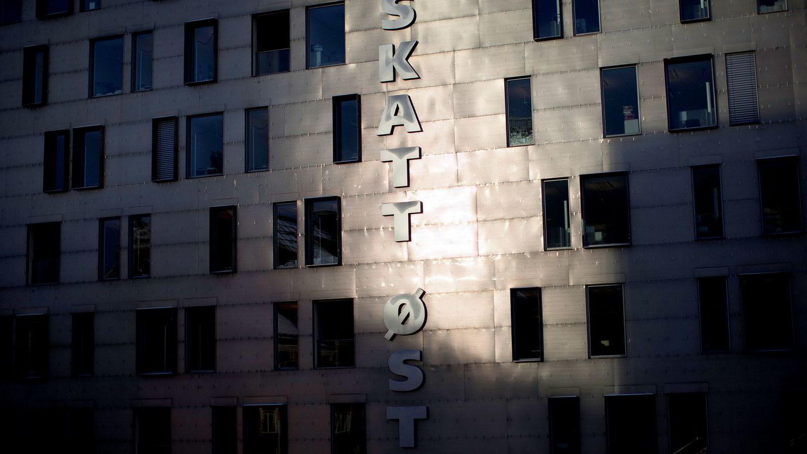 Nær fem millioner nordmenn fikk skattemelding av Skatteetaten torsdag.