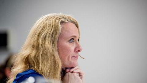 Statsråd Anniken Haugli fikk i dag rapporten om sikkerheten på norsk sokkel. Statsråd Anniken Hauglie fikk i dag overrakt en rapport som skal danne grunnlaget for neste års stortingsmelding om sikkerheten på norsk sokkel.