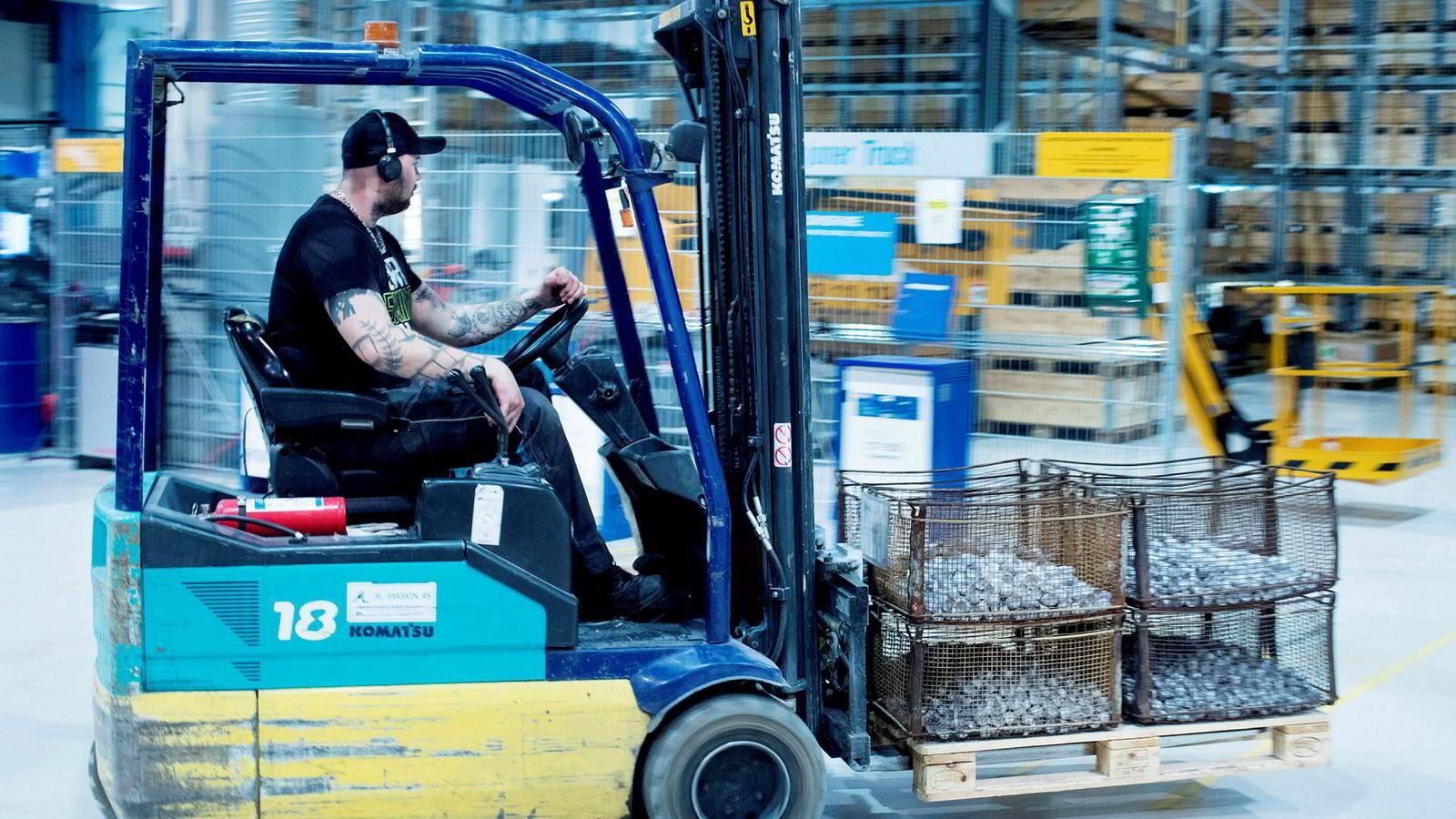 Bildelprodusenten Steertec på Raufoss selger ikke mer til England grunnet frykten for brexit, men økte produksjonen i fjor. – Antall produserte bildeler økte fra åtte millioner enheter i 2017 til 10 millioner i fjor, sier prosess-sjef Inge Opheim i Steertec Raufoss.
