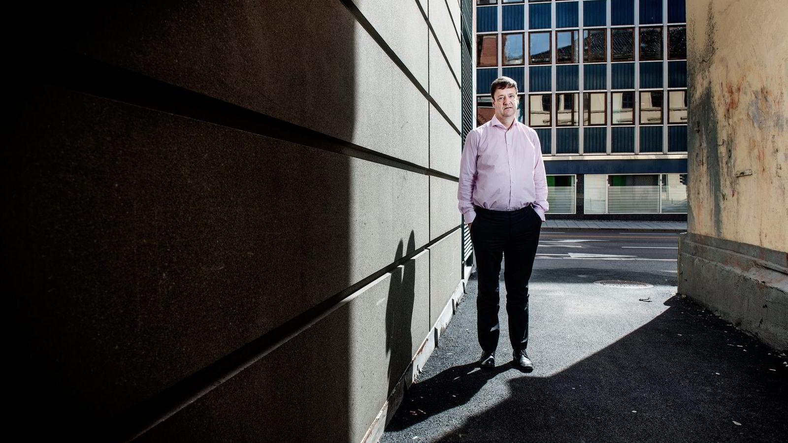 Advokat John Christian Elden anmeldte danske Se og Hør på vegne av sin klient, Lene Nystrøm.