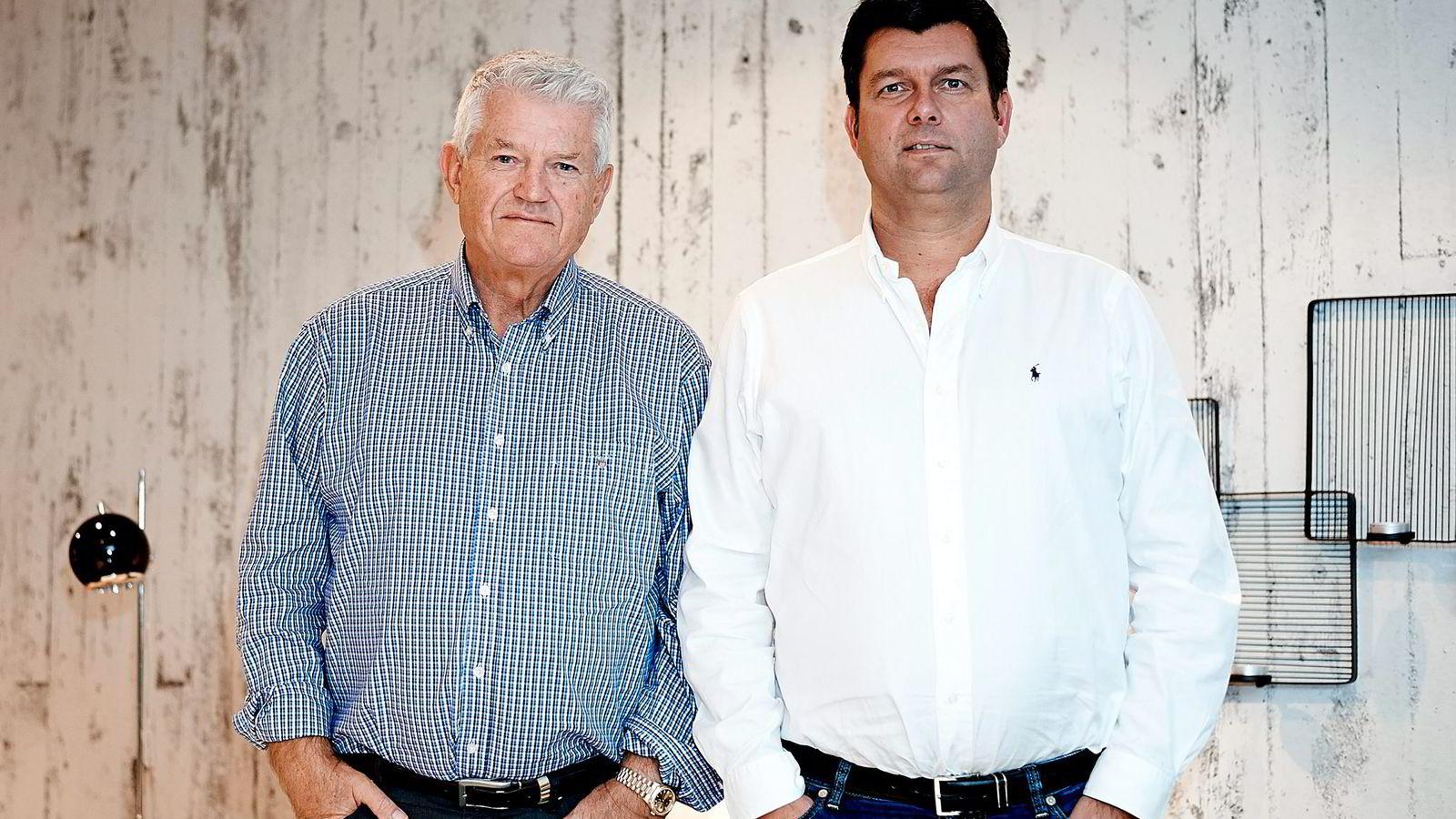 Leif Arvid (til høyre) og Roar Høiland tar over driften av Interstil Holding, mens DNB overtar madrassprodusenten Wonderland. Dermed unngår møbelkonsernet konkurs.               Foto: