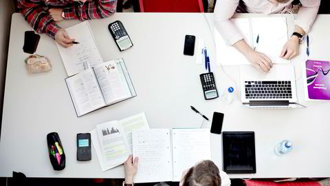 Flere tas i juks på universiteter og høyskoler.