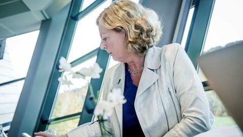 Administrerende direktør Berit Svendsen i Telenor Norge må svare Nkom om selskapet skviser aktører som leier selskapets nett.