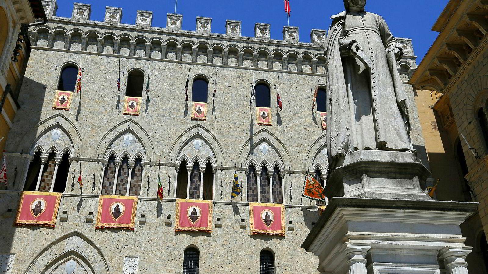 Hovedkvarteret til verdens eldste bank Monte dei Paschi di Siena i Italia.
