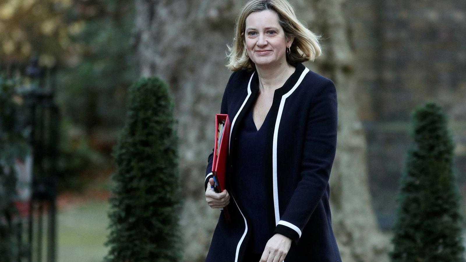 Amber Rudd trekker seg fra regjeringen i Storbritannia.
