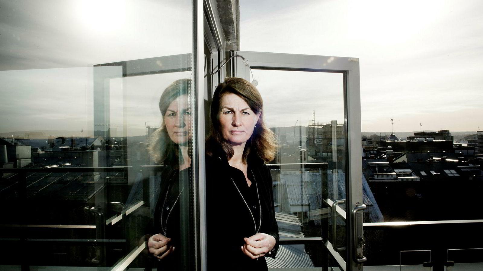 Direktør Stefi Kierulf Prytz i Finans Norge vil løse problemer med lønnsrapportering til pensjonsleverandørene digitalt.
