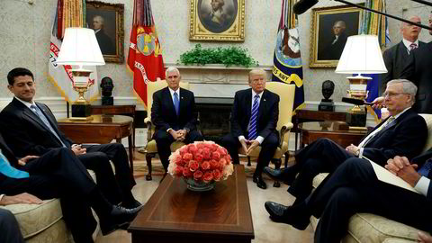 Onsdag kveld var Trump og kremen av kremen i Kongressen samlet i Det hvite hus for å bli enige om fristen for å nå det såkalte gjeldstaket.