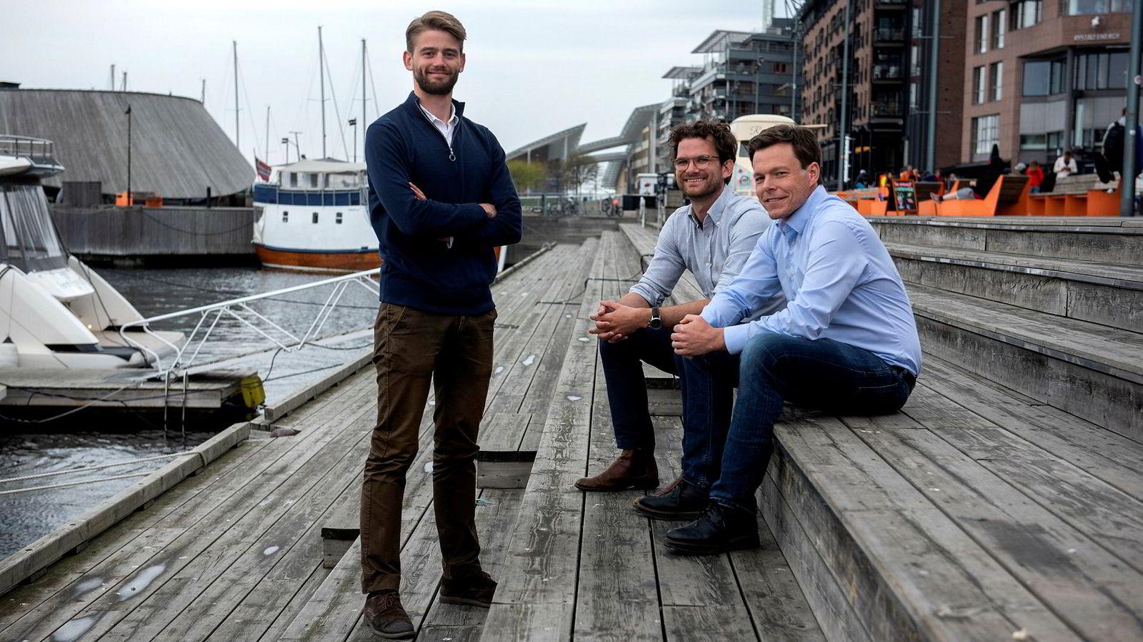 Digitalkonsulentene i Proletar holder til på Aker Brygge. Fra venstre: Rune Syverud Sandåker (partner), Magnus Wrangell Ruud (partner) og Geirr Lødemel Tvedt (partner og daglig leder).