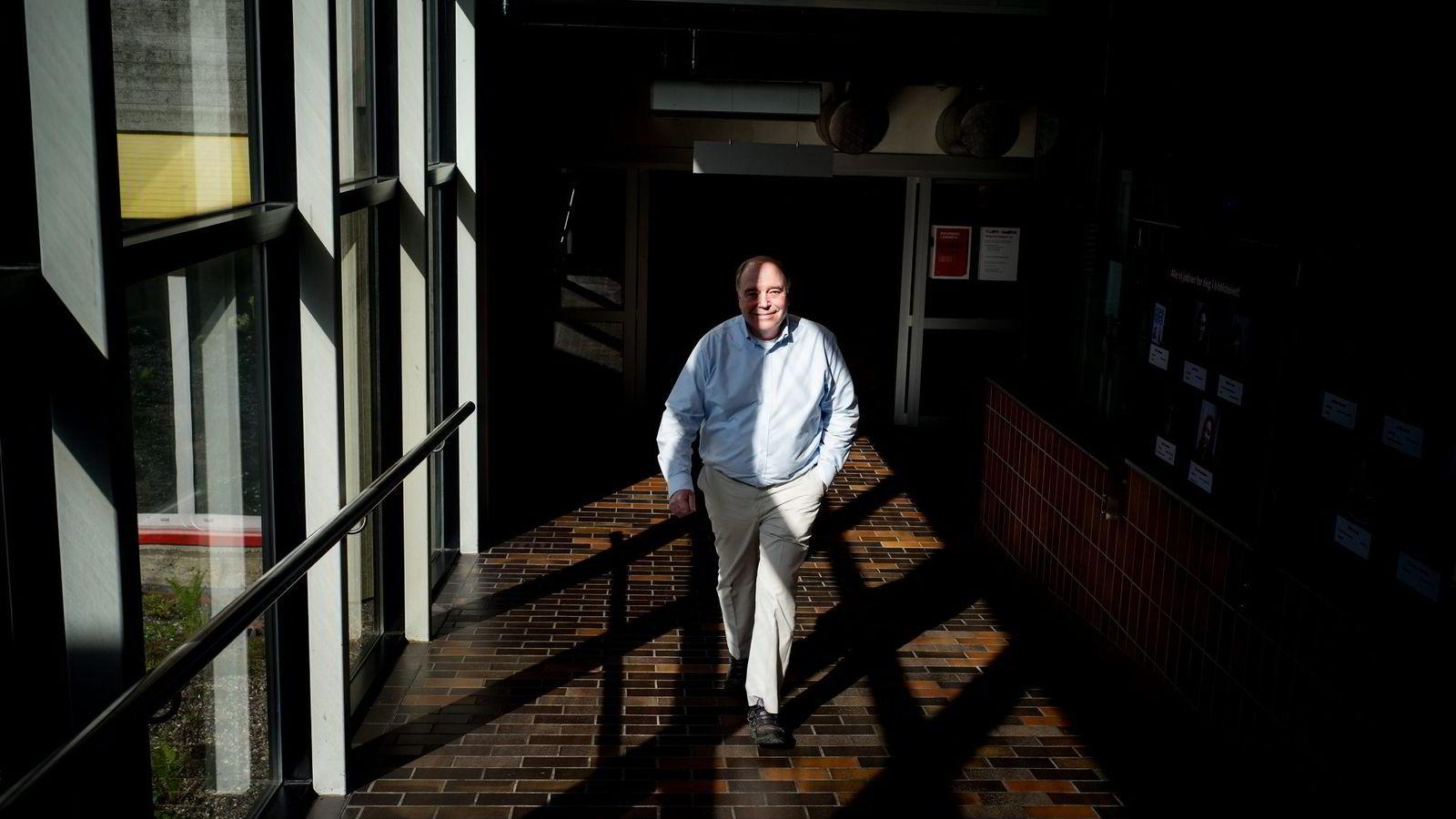 Paul Henry Nadeau har i dag en bistilling som professor II ved Institutt for petroleumsteknologi ved Universitetet i Stavanger, en by han har bodd i siden 1992.