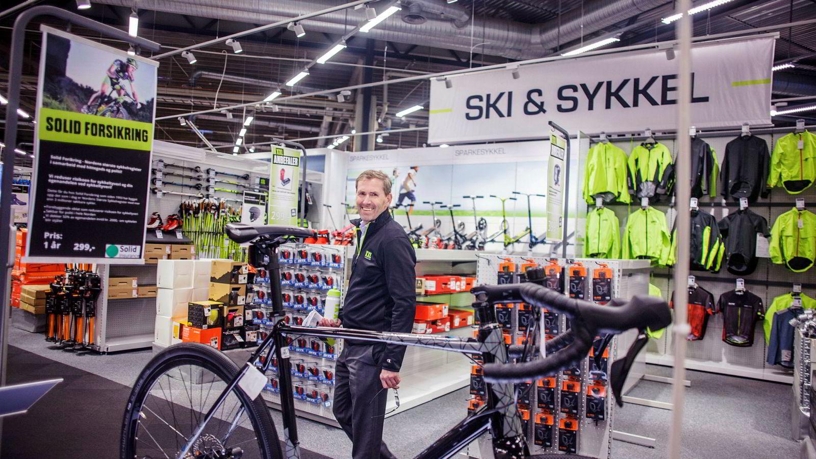 Ulf Bjerknes satt 55 dager som toppsjef i XXL. Den dagen han annonserte sin avgang, forduftet to milliarder kroner i aksjonærverdier.