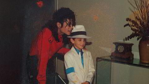 Wade Robson møter Michael Jackson for første gang i 1990. I dokumentaren «Leaving Neverland» anklager han Michael Jackson for gjentatte seksuelle overgrep.