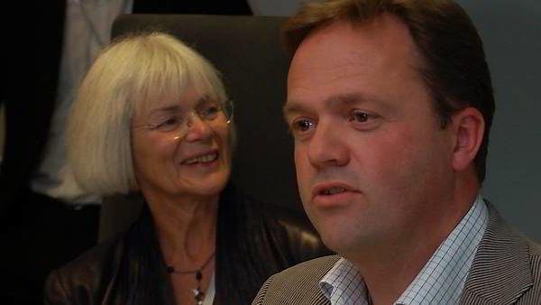 Forskningsminister Tora Aasland og daværende teknisk direktør i Fast, Bjørn Olstad.