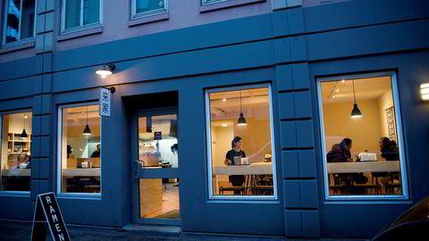 Koie Ramen åpnet dørene høsten 2017, og ble på den tiden Oslos første, ordentlige ramenrestaurant.