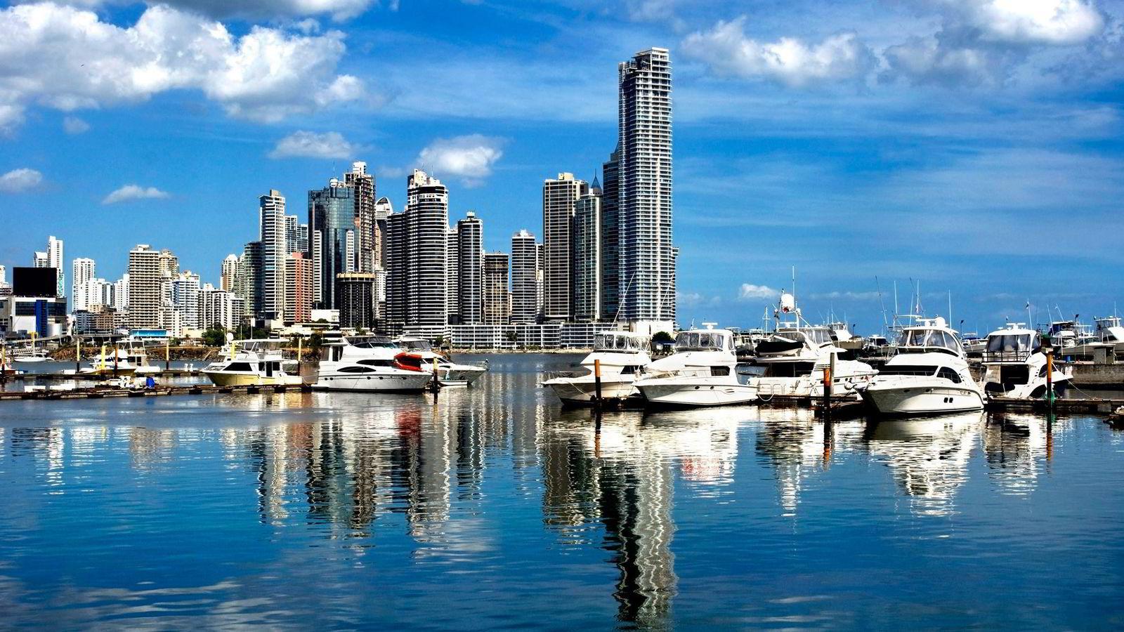 Panama var for eksempel på listen over samarbeidsstater frem til bare noen uker før Panama-avsløringene traff avisforsidene. Man kan spekulere i hvorfor de plutselig havnet utenfor den listen.