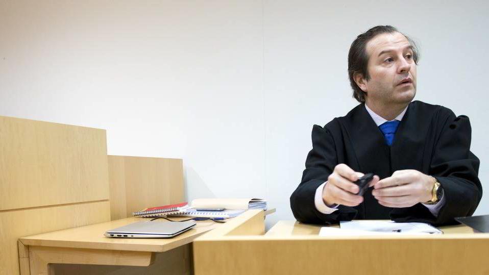Forsvarer Anders Brosveet mener klienten hans var uforsiktig, men at 62-åringen ikke handlet med forsettlig.