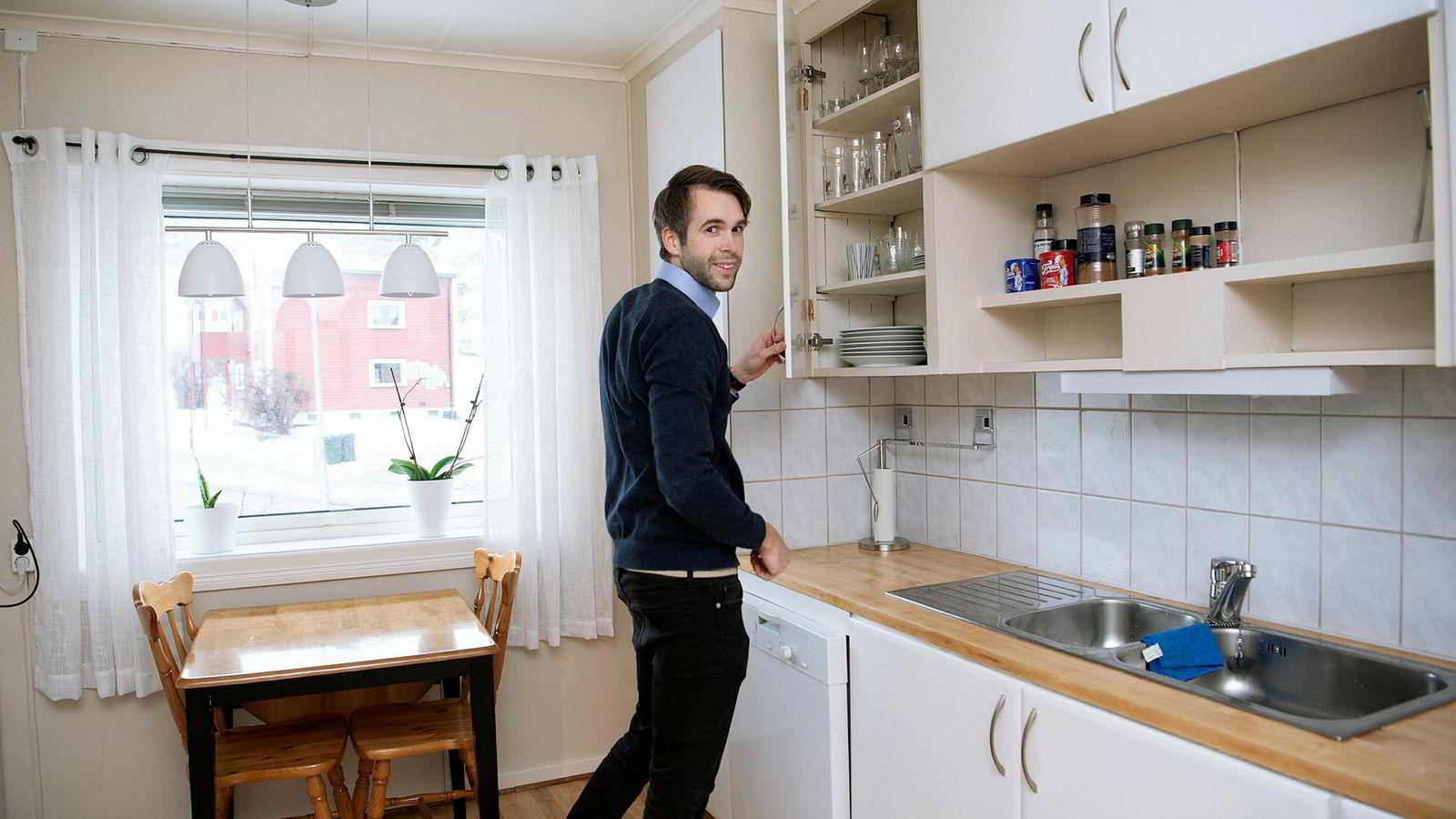Per Vittersø (27) kjøpte for to år siden sin første leilighet, helt uten hjelp fra foreldrene. Det jobbet han hardt for.