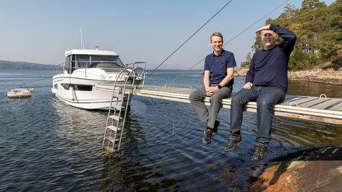 Lars Nøring (til venstre) og Erlend Ringstad er gründerne bak Kryptosekken.no. Statistikk fra tjenesten viser at nordmenn tapte stort på kryptovaluta i 2018.