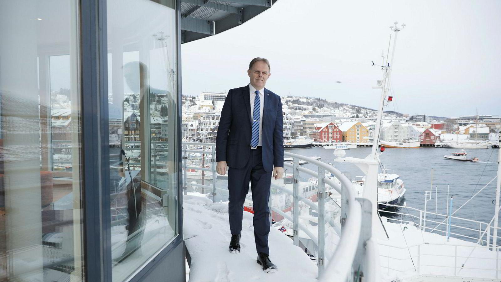 Det er først de siste par–tre dagene hotelldirektør Poul-Henrik Remmer på Scandic Ishavshotell i Tromsø har fått merke effekten av pilotstreiken.