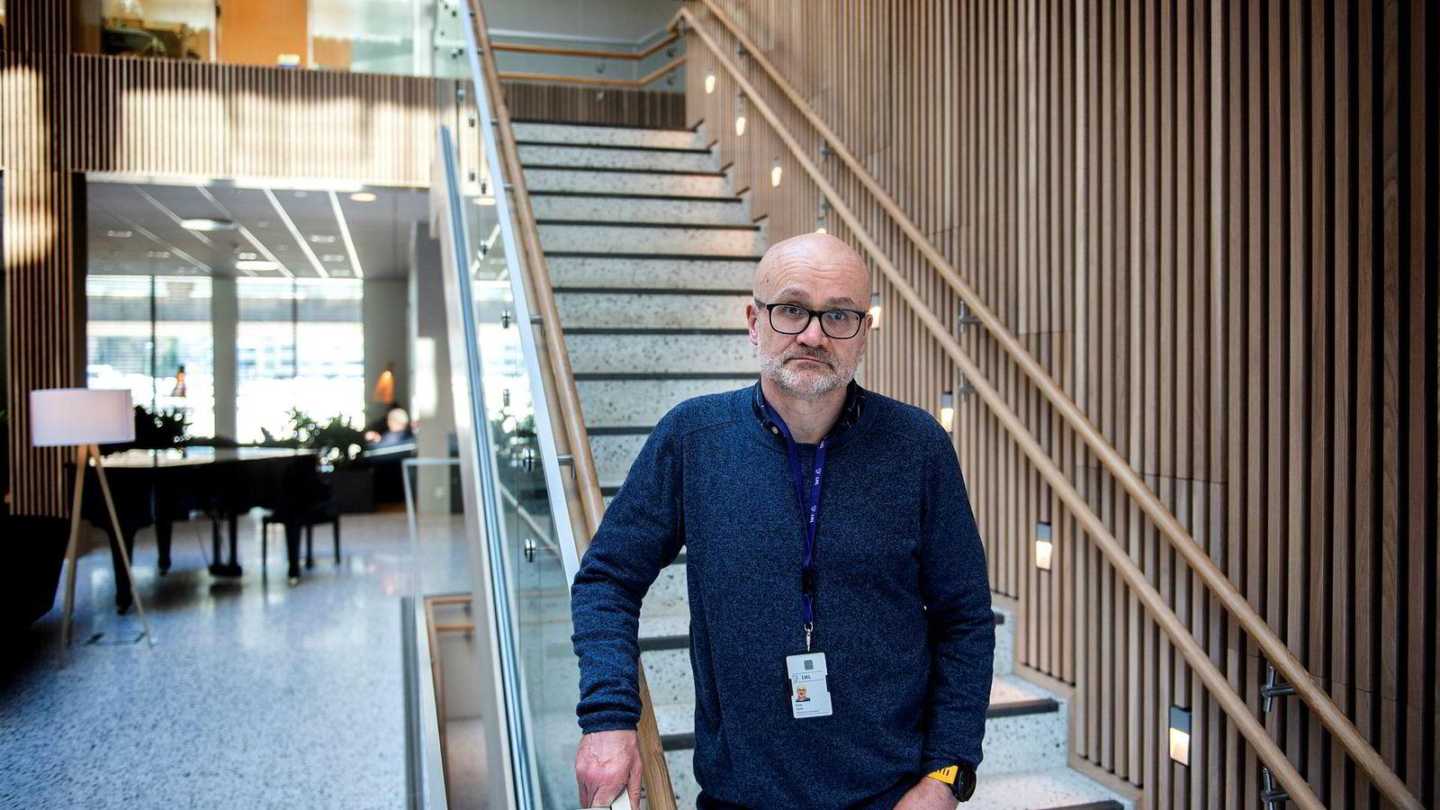 Hovedverneombud Einar Cyvin skriver i en mail til ansatte at Landsforeningen for hjerte- og lungesyke (LHL) er i en krise som er «større enn noen gang». Her er han fotografert på LHL-sykehuset.