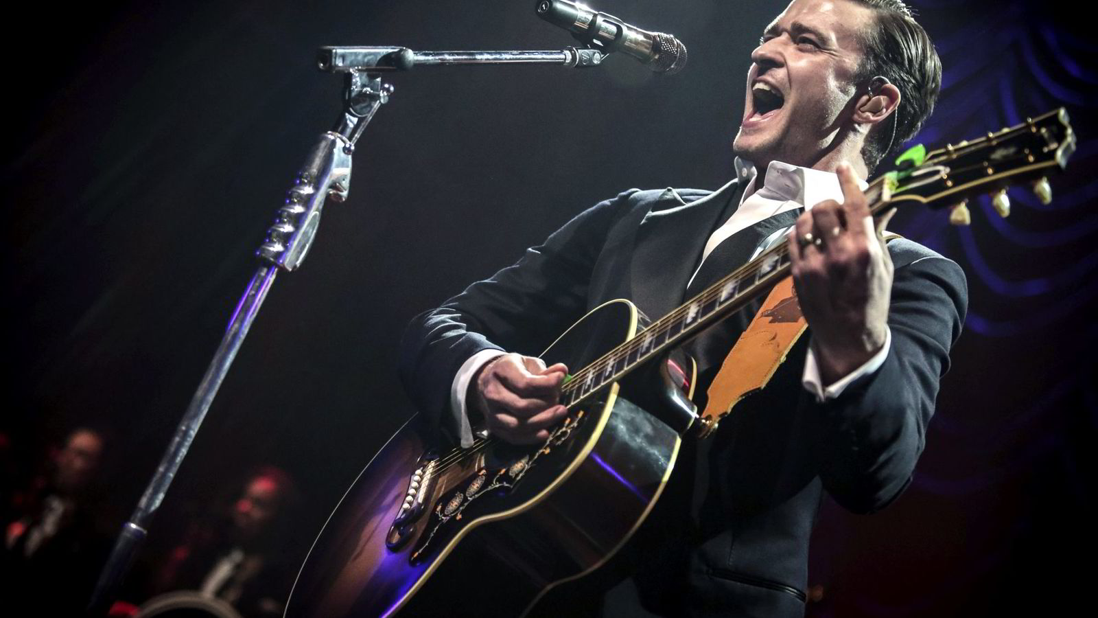 Justin Timberlake, som tidligere var en del av boybandet N'sync, hadde det mestselgende albumet i 2013 med «The 20/20 Experience». Her fra en konsert i London.