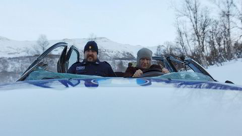 Skuespilleren Henrik Mestad (til høyre), her mens han jakter kappkjørere i filmen «Børning», er blant filmfolkene som har skrevet under opprop for lavere karbonavtrykk fra filmbransjen.