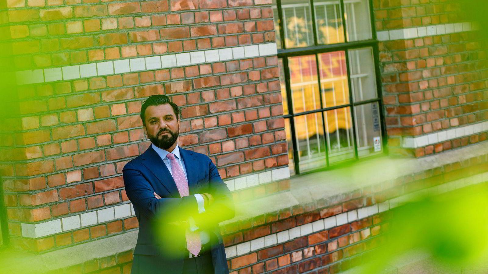 Mohammad Ali Rana i PA Consulting Group synes det er trist at det er så få flerkulturelle nordmenn i lederposisjon.