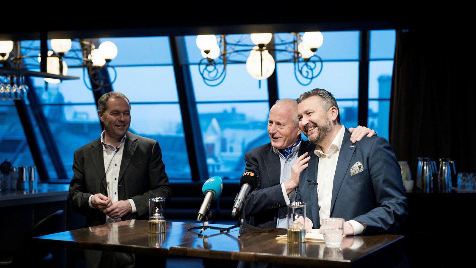 (Fra venstre) Helge Krogsbøl, Vice President Operations Scandinavia i Pandox, Christian Ringnes, styreleder i Pandox/administrerende direktør for Eiendomsspar og Svein Arild Steen-Mevold, administrerende direktør for Scandic Norge på pressekonferansen på Grand Hotel onsdag.