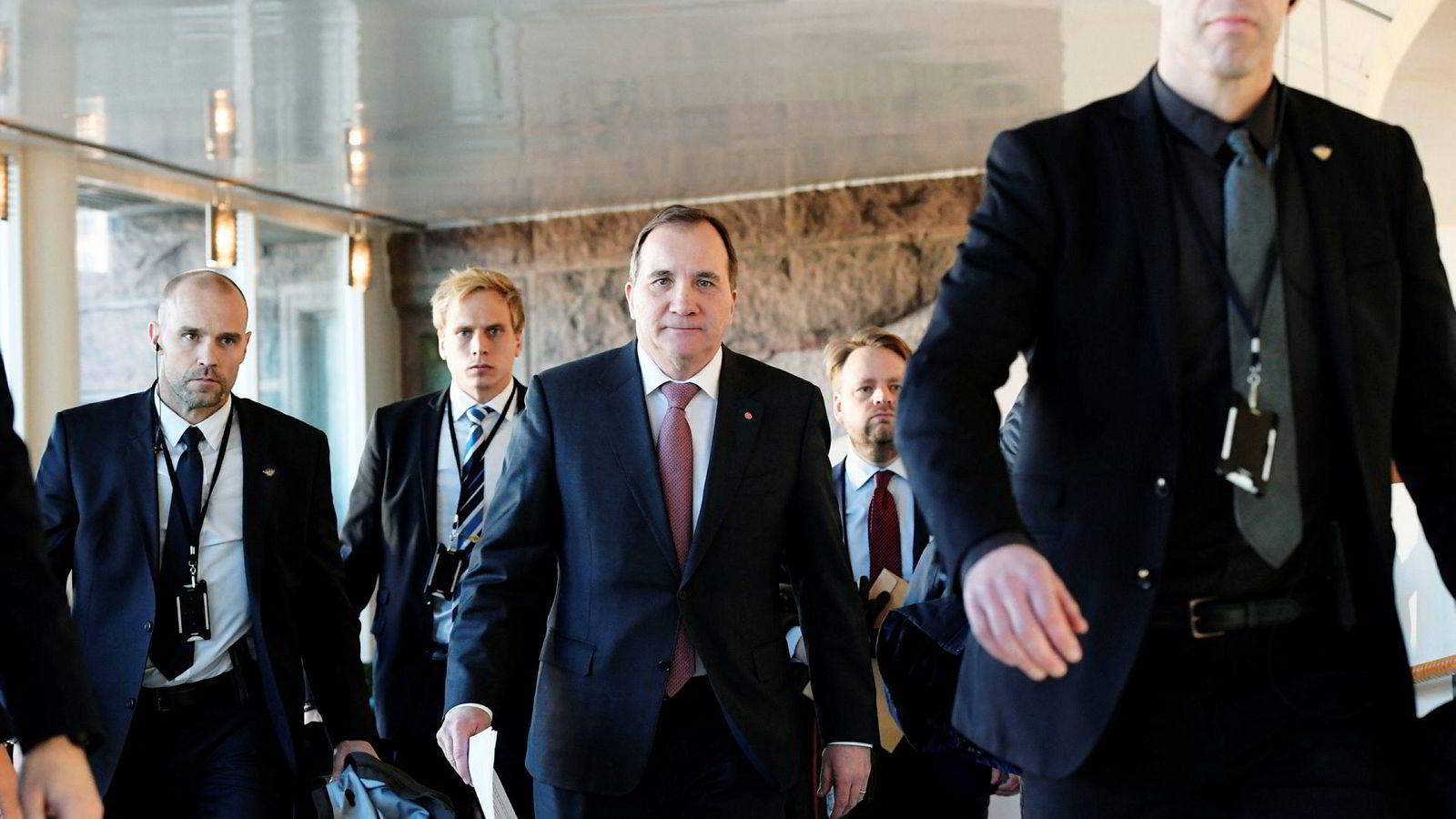 Stefan Löfven har fått ytterligere motstand i kampen for å få bli sittende som statsminister.