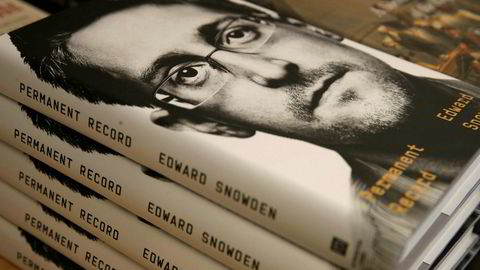 Edward Snowdens bok Permanent Record er nå i salg.