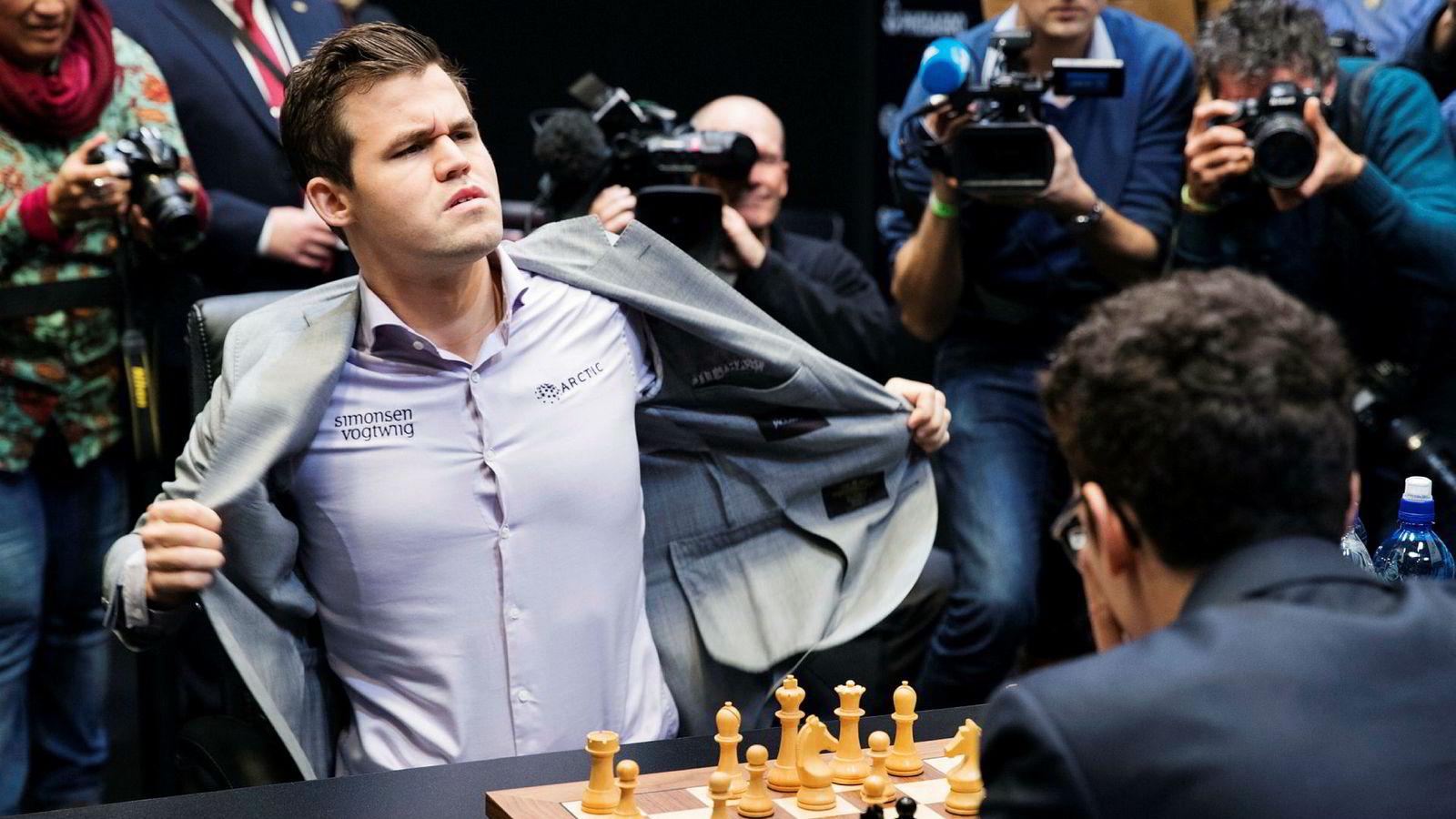 Magnus Carlsen har vært med på å bygge opp selskapet Play Magnus til en av verdens fremste utviklere av sjakkspill til smarttelefoner. Her er Carlsen under sjakk-VM i London i 2018.