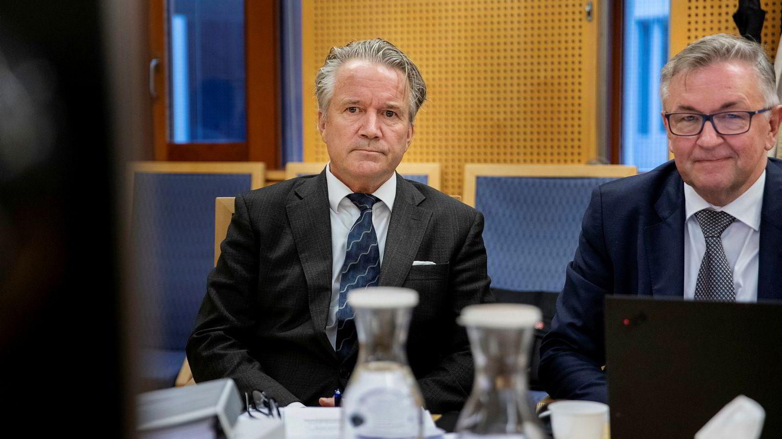 Ola Røthe, styreleder (til venstre) og Morten Richardsen fra Jool i Oslo byfogdembete tidligere i september.