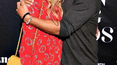 Camilla Pihl og Peter Peters har vært forlovet i ti år og bygget opp selskapet Friendly Entertainment sammen. Her er de på Vixen Awards i 2015.