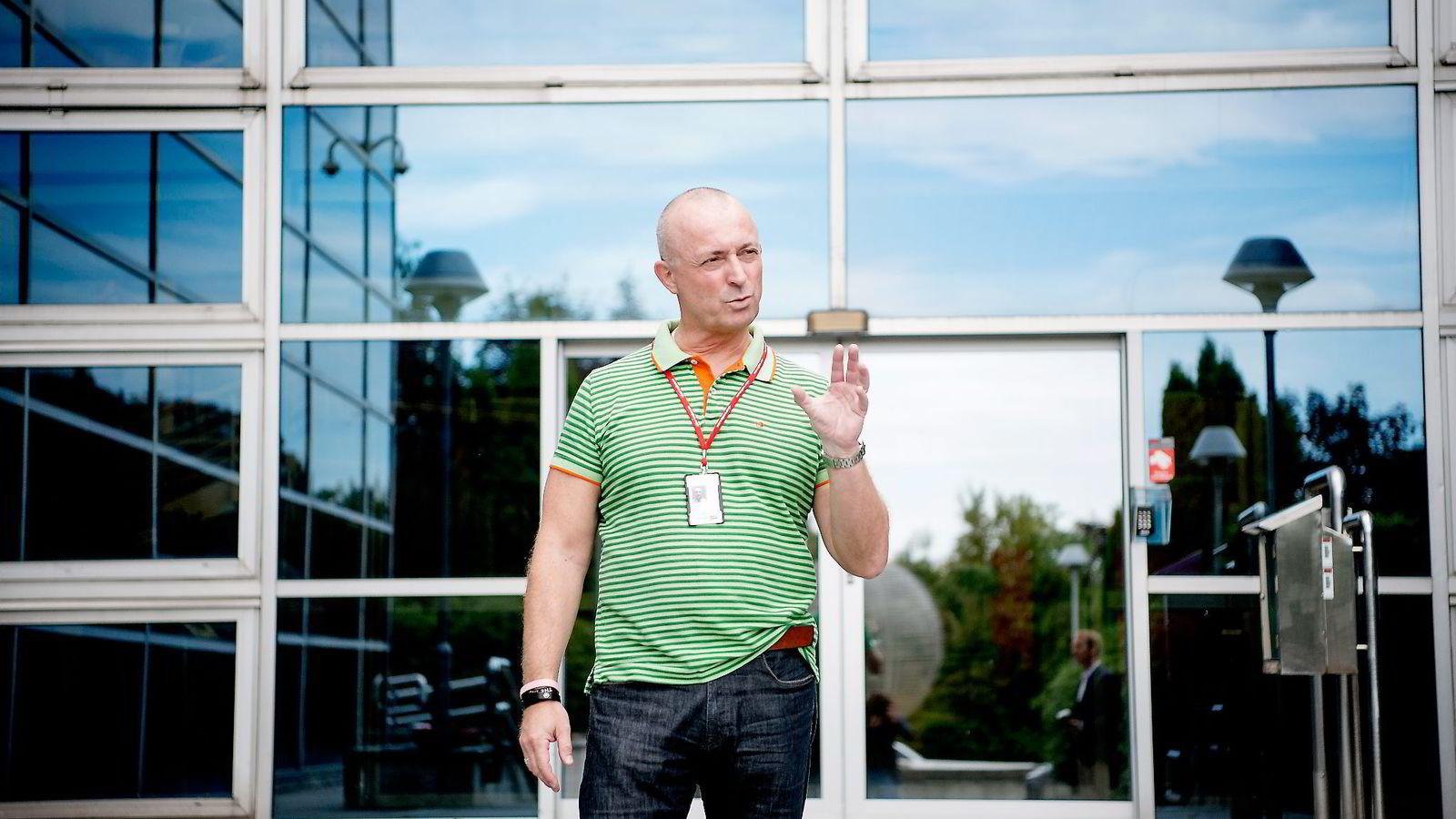 Administrerende direktør Erik Jensen i Bank Norwegian sier Google er blitt den viktigste salgskanalen. Banken betaler rundt 550 kroner for hvert klikk på en Google-annonse, uavhengig av om avsenderen blir kunde eller ikke.
